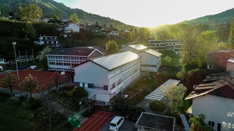 MegaSlate Oberstufenschule Oberdiessbach 01